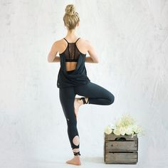 Sweaty Betty yoga clothes. id totally wear this!