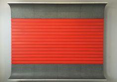 Donald Judd, Untitled (DSS42), 1963, Olio rosso cadmio e nero su legno e ferro galvanizzato, alluminio. Fondazione Prada, Milano, 2015