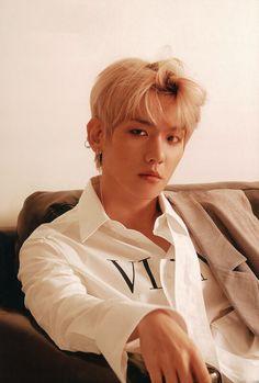 Baekhyun for Lined Magazine Baekhyun, Park Chanyeol, Exo Ot12, Exo Chanbaek, Wattpad, Romance, Exo K, Boy Groups, Fandom