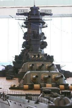 """IJN Battleship Yamato - 日本海軍戦艦-大和ミュージアム大モデル! World's biggest scale model 1/10 IJN Battleship """"Yamato"""" in Yamato's museum, Japan. #C"""