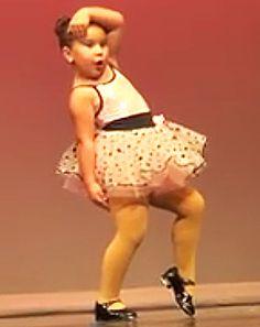"Little Girl Dances Sassy Recital Routine to Aretha Franklin ""Respect"" - Us Weekly Little Girl Dancing, Little Girls, Toddler Dance, Shall We Dance, Body Is A Temple, Dance Recital, Tiny Dancer, Aretha Franklin, Make Me Smile"