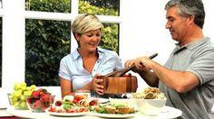 Alimentos que ajudam na luta contra a depressão na menopausa da mulher 50+
