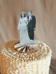 DIY Heirloom Cake Topper - Style Me Pretty (This would be neat on top of a 50th wedding anniversary cake!)