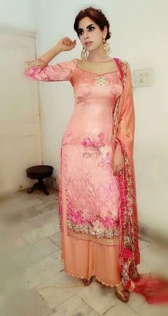 Punjabi suits Do you need quality Elegant Designer Salwar suit plus Latest Elegant Designer ladies Salwar suits in which case CLICK VISIT link above to see Indian Fashion Trends, Punjabi Fashion, Ethnic Fashion, Pakistani Dresses, Indian Dresses, Indian Outfits, Indian Salwar Suit, Salwar Suits, Salwar Kameez