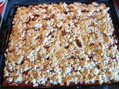 Das perfekte Pflaumenkuchen mit Pudding und Streusel-Rezept mit einfacher Schritt-für-Schritt-Anleitung: Die Pflaumen waschen, halbieren und den Stein…