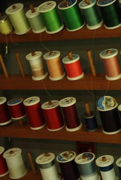 Thread wall