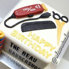 Wahl Razor Edger Birthday Cake