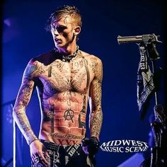 Kells you remind me so much of my brother ya'll are cool love you