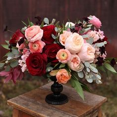 #marsala and peach for tomorrow's meeting. Use burgundy dahlias instead of red roses.