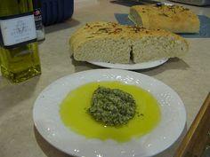 Pesto dipping oil- Bonefish Grill recipe
