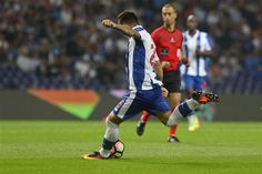 Otávio estreia-se a marcar na Champions  O médio brasileiro, que disputou os dois jogos do play-off com o Roma, estreou-se na fase de grupos da Liga dos Campeões com um golo
