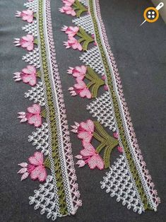Examples of floral towel edges - floral towel trimming models . Crochet Boarders, Needle Lace, Lace Making, Crochet Home, Crochet Designs, Crochet Doilies, Baby Knitting, Crafts To Make, Stitch Patterns