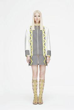 Versace   Resort 2015   01 White/black/yellow striped coat