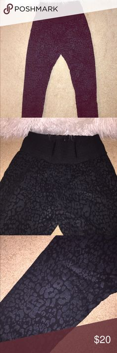 Black pants ( Leggings ) with a cheetah pattern  Omg I'm in love with those pants they fit absolutely amazing on the body high waisted tight on the top ( for girls that has small waist and bigger hips)  super soft material:)) you'll love them ! Zara Pants Skinny