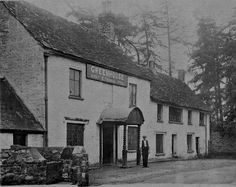 The Greenhouse Pub, Llantarnam - 1920. Photo from Pontypool Museum.