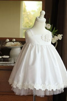 Little girls' Silk flower girl dress sewing tutorial