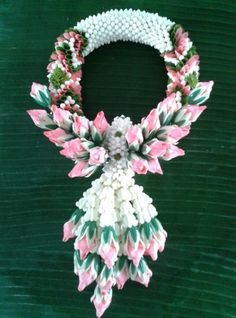 Thai hand garland