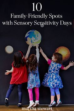 10 Family-Friendly Spots with Sensory Sensitive Days Interactive Activities, Sensory Activities, Sensory Stimulation, Sensory Issues, Best Family Vacations, Dora The Explorer, Continuing Education, Train Rides
