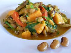 Foods For Long Life: Black-Eyed Pea New Years Day Recipes: Black-Eyed Pea Curry with Sweet Potatoes, Mushrooms and Spinach and Black-Eyed Pea and Roasted Red Pepper Hummus