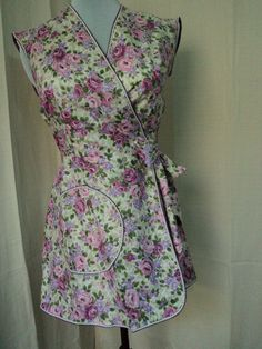 i need to make this ASAP!!!! vintage apron wrap around style with pink and purple floral pattern nos