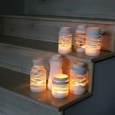 DIY Mason Jar lights - just wrap a yarn design around the jar before painting . so, once you add a candle or solar bulb, the light will shine through! Can also put stickers or rubber bands around the jar before painting to make designs! Pot Mason Diy, Diy Mason Jar Lights, Mason Jar Lighting, Mason Jar Crafts, Diy Jars, Diy Projects With Mason Jars, Reuse Jars, Mason Jar Garden, Crafts With Glass Jars