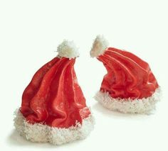 Santa Hat Meringues: Pipe at an angle to create floppy hats. These tasty homemade holiday treats are so easy to make a kid can do it. Find more easy homemade Christmas candy, treat and dessert recipes and ideas here. Christmas Sweets, Christmas Cooking, Christmas Goodies, Christmas Candy, Christmas Desserts, Holiday Treats, Holiday Recipes, Christmas Recipes, Homemade Christmas