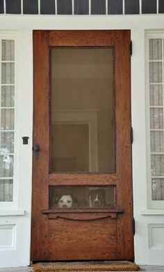 Home Remodeling Old Houses screen door with a view. Would love an old house with a wooden screen door like this. The Doors, Back Doors, Windows And Doors, Entry Doors, Wood Doors, Front Entry, Patio Doors, Slab Doors, Door Entryway