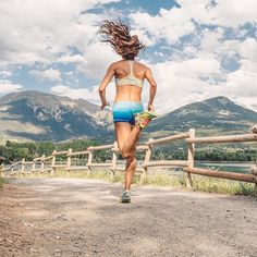 Running with such a view let you forget all the pains of the hills : @the_lucky_woman_ - #igrunners #stravarun #igrunneuses #timetorun #getouthere #runningmotivation #runninginspiration #monitorthebeat #runaddict #runshots #furtherfataerstronger #beatyesterday #runningmylife #runninggirl #runshots #runningterritory #worlderunners #gorun #justrun #womenrunning #runnersglobe #inspiringwomenrunning #alwaysrun #wearetherunners #runhard #findyoustrong #gorunning #alwaysontherun #asicsrunning #asi