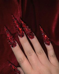 vid, 2 pic] 🥀🍒It's porn. And also an exercise in full nails and still maintaining optimal shaping. Used Light Siam Shapes and… Swarovski Nails, Crystal Nails, Rhinestone Nails, Bling Nails, Swag Nails, Dope Nails, My Nails, Gorgeous Nails, Pretty Nails
