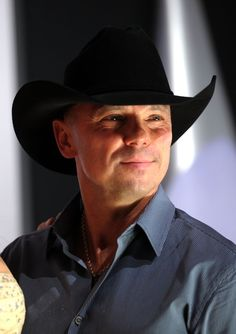 Kenny Chesney--love this pic of him