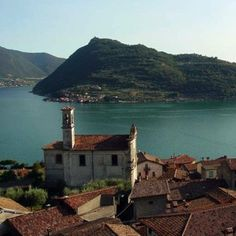 Wine and Food Tour of Franciacorta and Lake Iseo