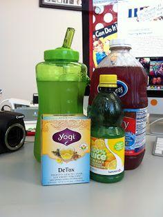 Jillian Michaels recipe for losing 5 pounds in 7 days in retrospect … # 5 pounds # days … - Detox tea Detox Tea Diet, Detox Drinks, Healthy Drinks, Get Healthy, Healthy Habits, Healthy Tips, Healthy Choices, Healthy Snacks, Healthy Detox