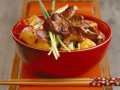 Probieren Sie das leckere Schweinefilet mit Gemüse von EAT SMARTER oder eines unserer anderen gesunden Rezepte!