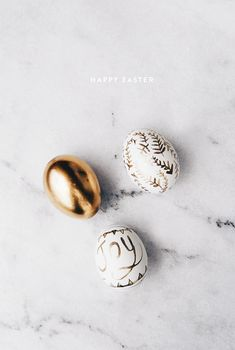Happy Easter you guys! Wherever you are, however you're celebrating, i hope you are with friends and family. I wasn't really in the mood of dyeing eggs red (tradition in Greece). In matter of fact, i wasn't really in the mood at all, so much work, i just...