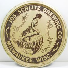 1971 Jos. Schlitz Brewing Co.Metal Serving Tray and Set of 7 Coasters - Vintage
