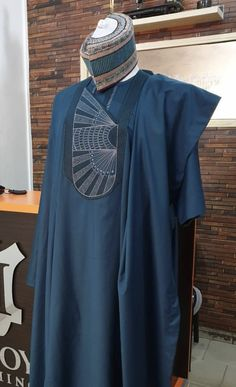 African Wear Styles For Men, African Shirts For Men, African Attire For Men, African Clothing For Men, Couples African Outfits, African Lace Dresses, African Fashion Dresses, Nigerian Men Fashion, African Men Fashion