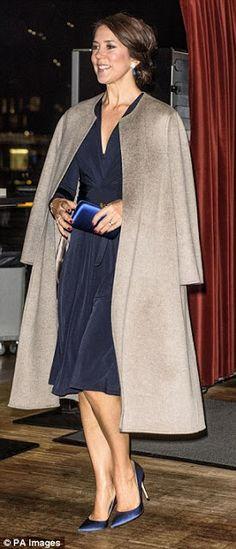 Royals & Fashion: Remise du prix de la société contre le cancer, Cop...