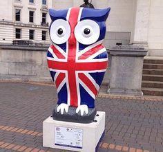 The big hoot Union Jack Decor, Patriotic Symbols, Union Flags, British Things, Uk Flag, Owl Art, London Calling, How To Raise Money, Britain