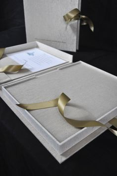 BELLA FORTE DESIGNS MADE THIS  Presentation Boxes: Notched Double Walled Custom Clamshell Boxes - Bella Forte Books