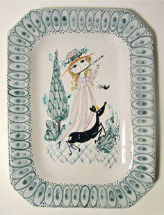 Pottery Plates, Ceramic Pottery, Pottery Art, Studio Art, Danish Modern, Art Studios, Scandinavian Design, Folk Art, Sconces