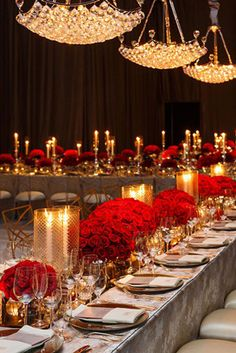 From roses, to dresses, to drinks - this elegant party was a celebration of red! Feast your eyes on this red hot event by Colin Cowie Celebrations! Check available dates for your next event at Balcones Country Club! Decoration Table, Reception Decorations, Event Decor, Wedding Centerpieces, Centrepieces, Table Centerpieces, Gala Dinner, Formal Dinner, Dinner Parties