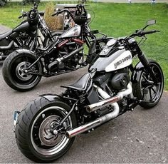 "Awesome ""mid size suv"" detail is offered on our internet site. Take a look and you wont be sorry you did. Harley Davidson Softail Slim, Harley Davidson Night Rod, Harley Davidson Motorcycles, Triumph Motorcycles, Custom Motorcycles, Softail Bobber, Bobber Bikes, Bobber Motorcycle, Motorcycle Quotes"