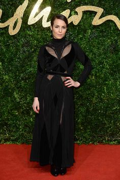Noomi Rapace Design: Givenchy