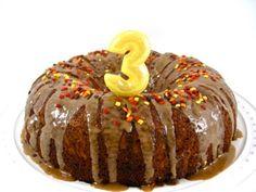 Skinny Fall Apple Cake With Caramel Glaze with Weight Watchers Points | Skinny Kitchen