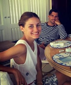 Olivia Palermo without makeup....still stunning.