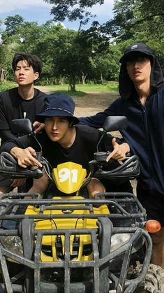 Cute White Boys, Pretty Boys, Boy Squad, Boys Wallpaper, Thai Drama, Ulzzang Boy, Asian Actors, Diy For Kids, Boyfriend