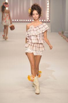 2011 S/S   LIZ LISA   Mercedes-Benz Fashion Week TOKYO