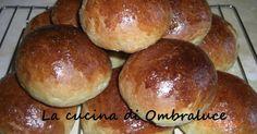 La cucina di Ombraluce: Panini di pan brioche al forno con latte di cocco