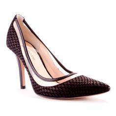 4ab9965e36 Black Bazaar    sapato scarpin preto em couro escamado
