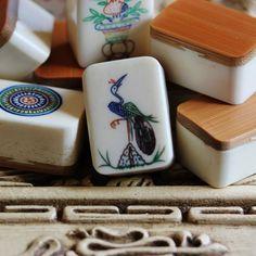 Vtg 1920-30s, Japanese Domestic, 152 Tiles, Thick Bone & Bamboo Mahjong Set